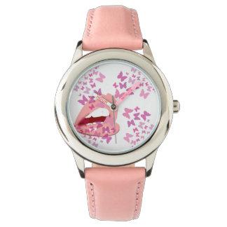 Relógio De Pulso beijos cor-de-rosa da borboleta