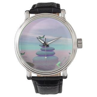 Relógio De Pulso Borboletas em vôo em uma paisagem do zen