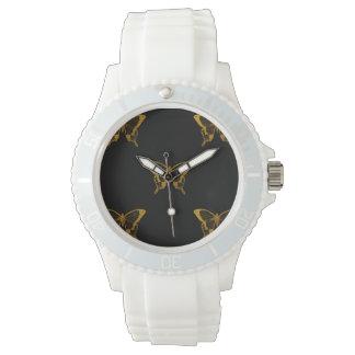 Relógio De Pulso Borboletas metálicas da folha de ouro no preto