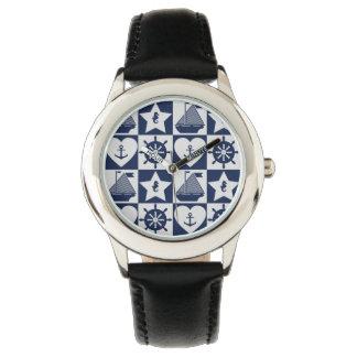 Relógio De Pulso Branco náutico dos azuis marinhos checkered