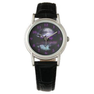 Relógio De Pulso Cena cinzenta roxa da água do céu do lobo do urro