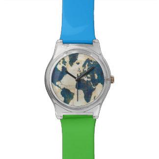 Relógio De Pulso Colagem do mapa do mundo