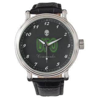 Relógio De Pulso Comandante preto feito sob encomenda do UFO do