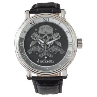 Relógio De Pulso Crânio e armas pretos & brancos