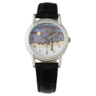Relógio de pulso da Lua cheia do campo do inverno