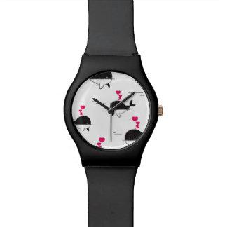 Relógio De Pulso Design da baleia preta & branca com corações