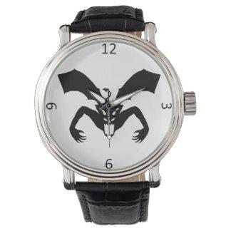 Relógio De Pulso Diabo branco e preto