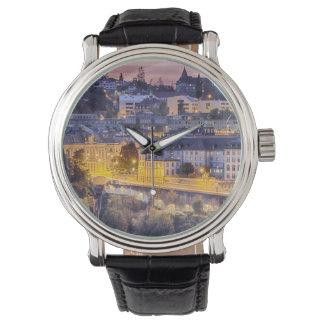 Relógio De Pulso Fribourg de negligência no início da noite