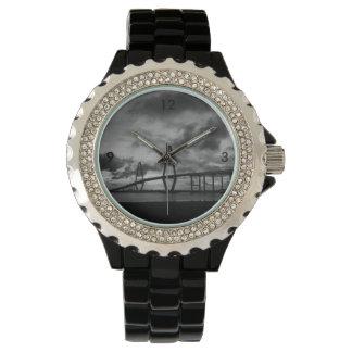 Relógio De Pulso Grayscale dourado de Arthur Ravenel Pano