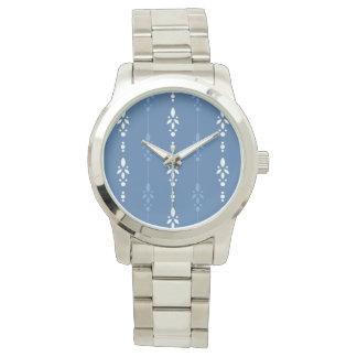 Relógio De Pulso Listras florais delicados no azul e no branco do