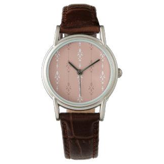 Relógio De Pulso Listras florais delicados no rosa salmon e no