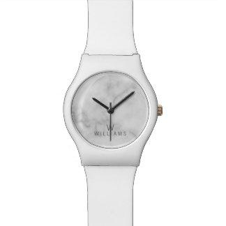 Relógio De Pulso Mármore branco com monograma e nome personalizados