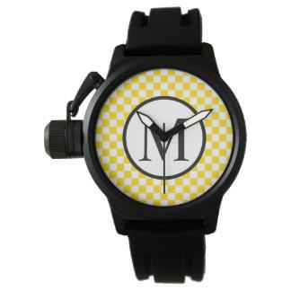 Relógio De Pulso Monograma simples com tabuleiro de damas amarelo