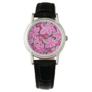 Relógio De Pulso Morangos e folhas de Nouveau da arte, rosa e