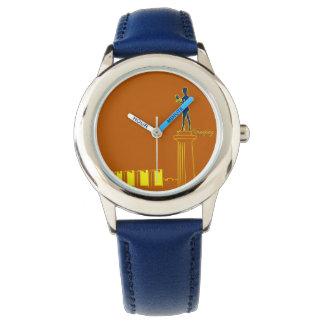 Relógio De Pulso O néon de Belgrado Serbia colore moderno vibrante