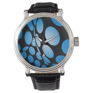 Relógio De Pulso Pontos azuis entortados no preto