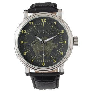 Relógio De Pulso Taurus dourado