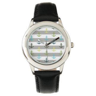 Relógio De Pulso Teste padrão colorido da âncora no fundo stripy