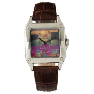 Relógio De Pulso Teste padrão de onda colorido retro de Swirly do