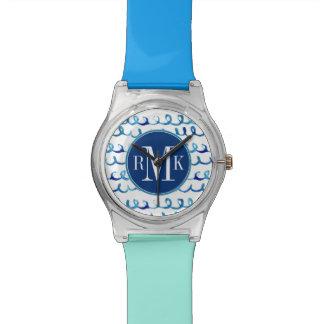 Relógio De Pulso Teste padrão ondulado da aguarela azul pintado mão