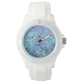 Relógio desportivo branco dos peixes tropicais