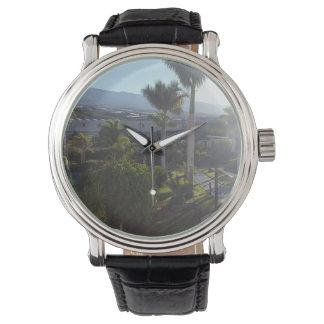 Relógio do couro da paisagem de Tenerife