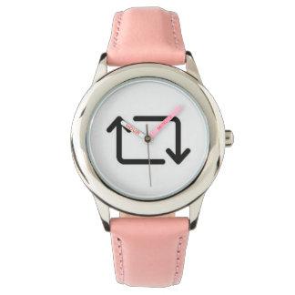 Relógio do símbolo de Retweet
