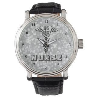 Relógio Enfermeiras do símbolo   RN do Caduceus que nutrem