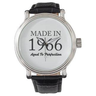 Relógio Feito em 1966