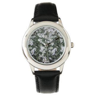 Relógio Flores brancas