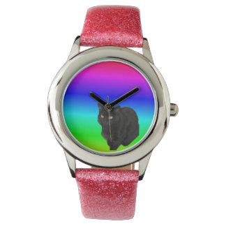 Relógio Gato preto com fundo colorido arco-íris