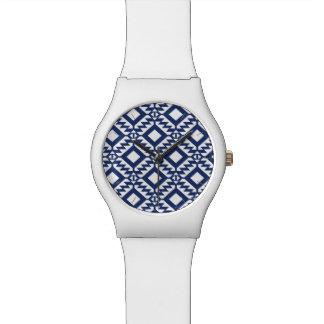 Relogio Geométrico azul e branco tribal
