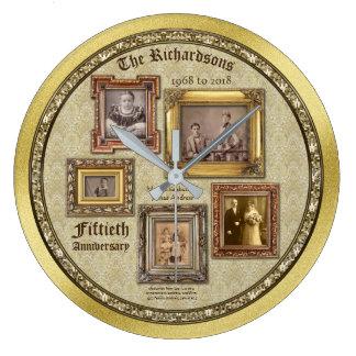 Relógio Grande A antiguidade do aniversário de casamento dourado