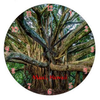 Relógio Grande Árvore de Banyan ao longo da fuga de Pipiwai