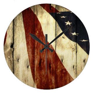 Relógio Grande Bandeira americana de madeira do celeiro referente