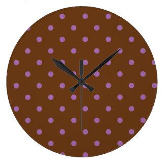 Relógio Grande bolinhas marrons roxas elegantes