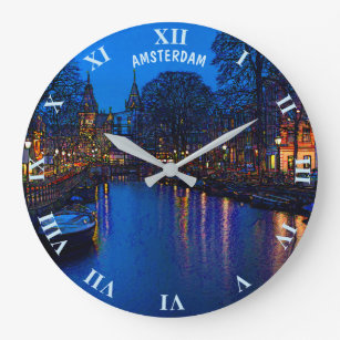 7c88384fb3a Relógio Grande Canal romântico de Amsterdão na noite com barcos