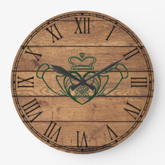 Relógio Grande Céltico rústico Claddagh