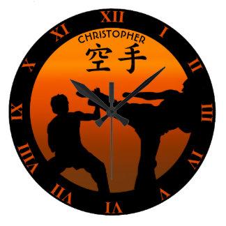 Relógio Grande Dois lutadores do karaté com ascensão Sun