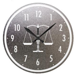 Relógio Grande Escalas elegantes de metálico gráfico de justiça |
