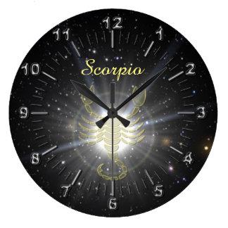 Relógio Grande Escorpião brilhante