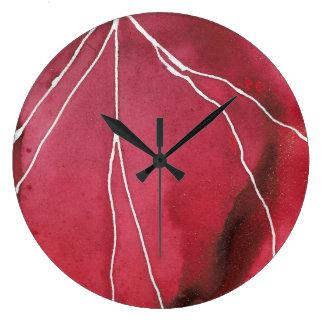 Relógio Grande Escuro - ruptura vermelha do mármore do