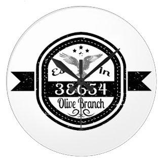 Relógio Grande Estabelecido no ramo de oliveira 38654