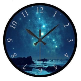 Relógio Grande Estrelas de brilho na noite no norte nevado