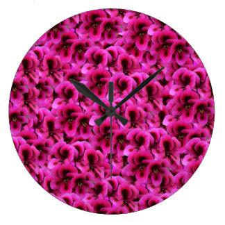 Relógio Grande Flores magentas do gerânio, grande pulso de