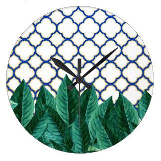 Relógio Grande Folhas e azulejos