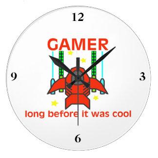 Relógio Grande Gamer antes que estiver estilo retro legal