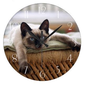 Relógio Grande Gato de Thaï