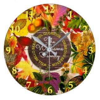 Relógio Grande Madeira do vintage do monograma das folhas de