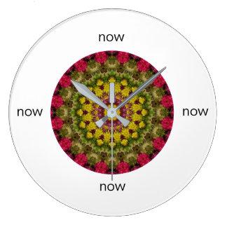 Relógio Grande Mandala cor-de-rosa, amarela, e verde da alegria
